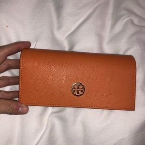 Authentic Tory Burch sunglass case/clutch/wallet